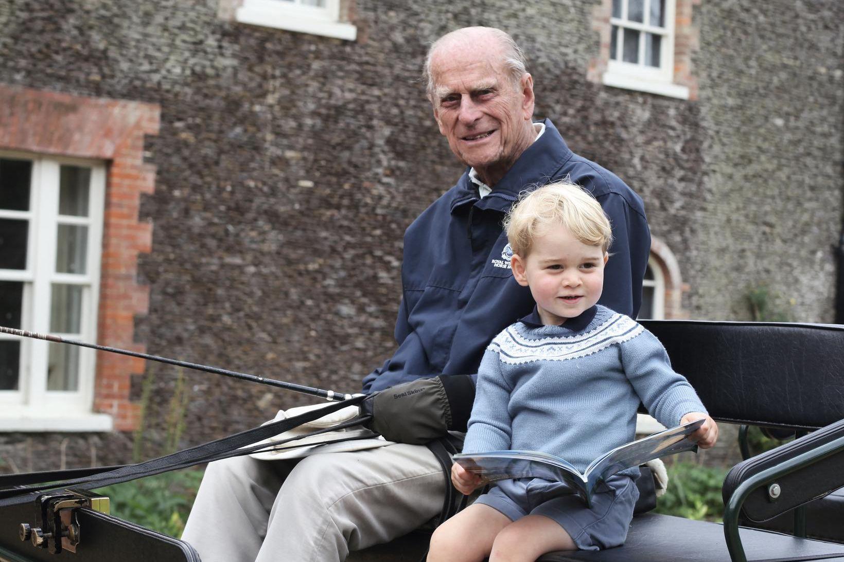 Filippus prins og Georg prins árið 2015. Myndina tók Katrín …