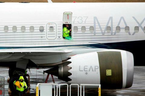 346 létust í tveimur flugslysum sem talið er að rekja megi til galla í Boeing …
