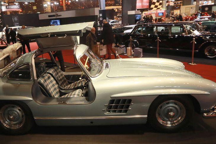 Mercedes-Benz 300SL papillon frá 1954 á Retromobile-sýningunni í París