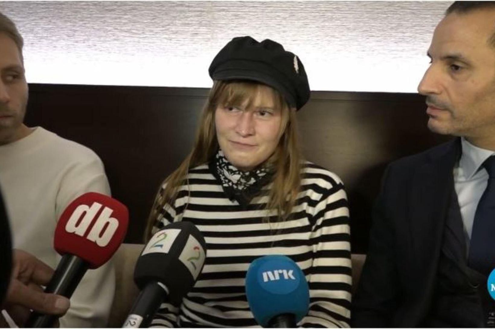 Ingrid Martinussen ræðir við norska fjölmiðla í Tókýó í gær, …