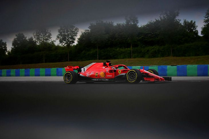 Sebastian Vettel á seinni æfingunni í Búdapest í dag.