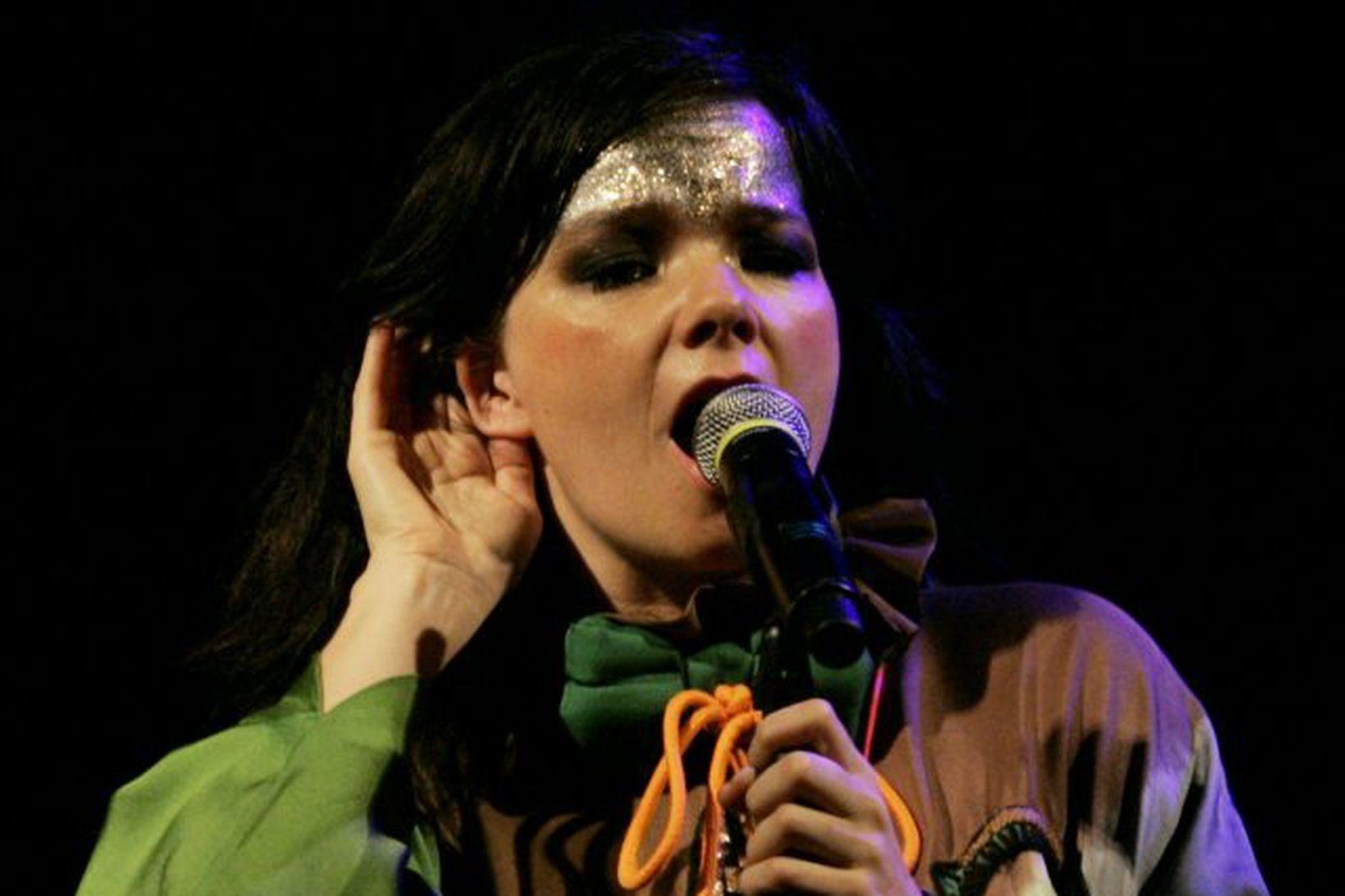Björk á tónleikum í Lima í Perú