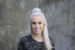 Greta Salóme hneig niður á Keflavíkurflugvelli.