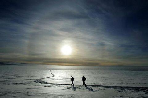 Hikers on Mýrdalsjökull, South Iceland.