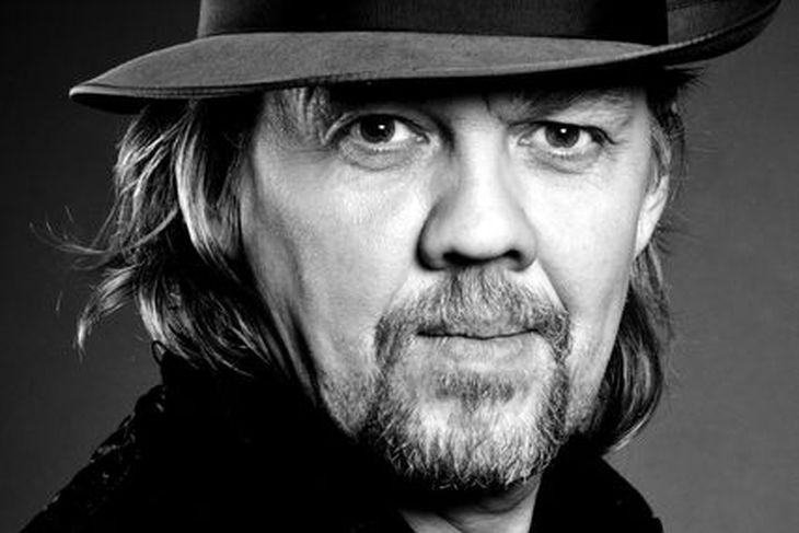 Helgi Björnsson segir að glimmer eigi síður við á þorrablótum ...