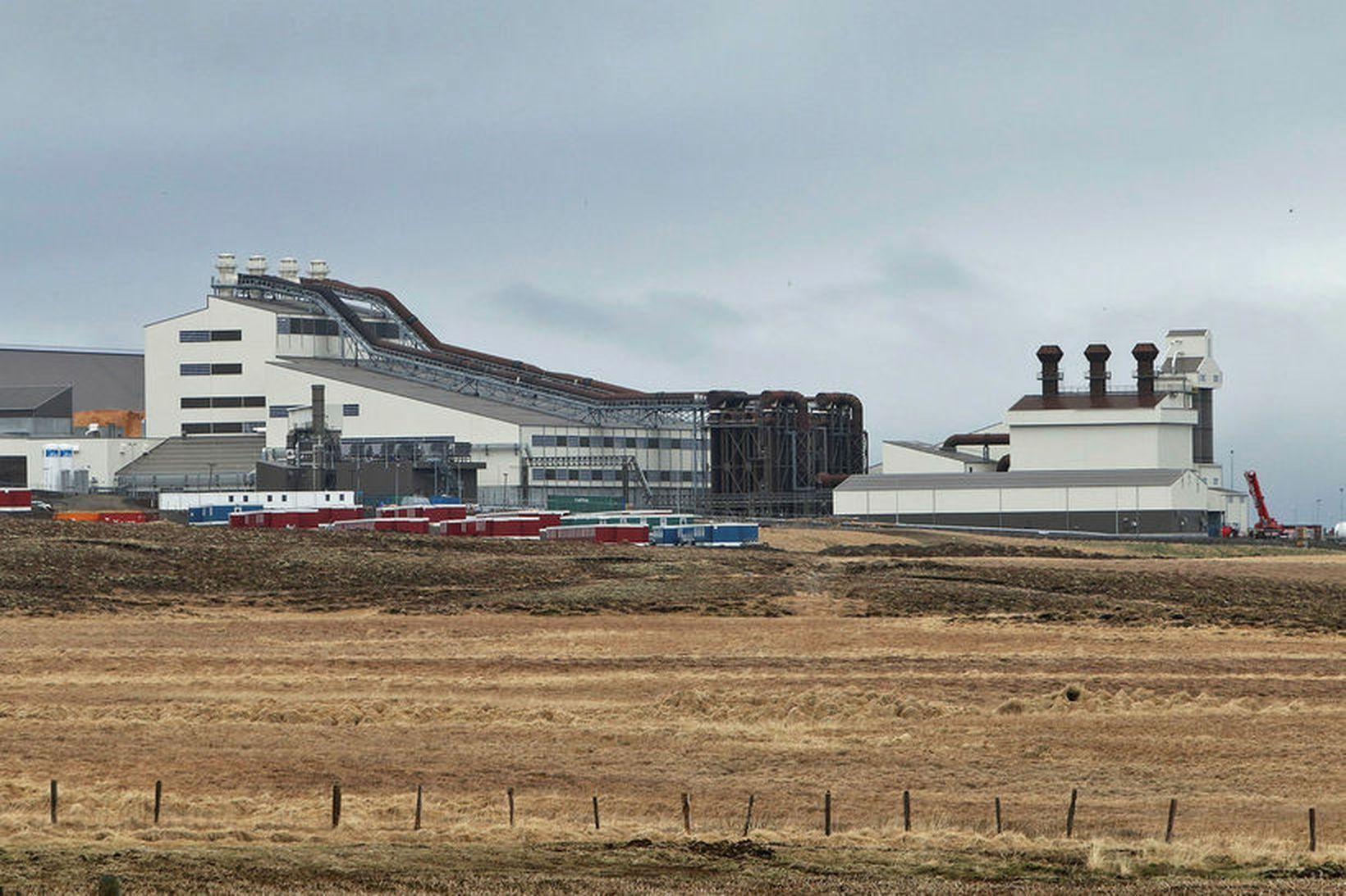 Starfsemi hófst í kísilveri PCC á Bakka við Húsavík í …