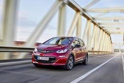 Opel styður við íslenska rafbílavæðingu með veglegum afslætti á Ampera-e.