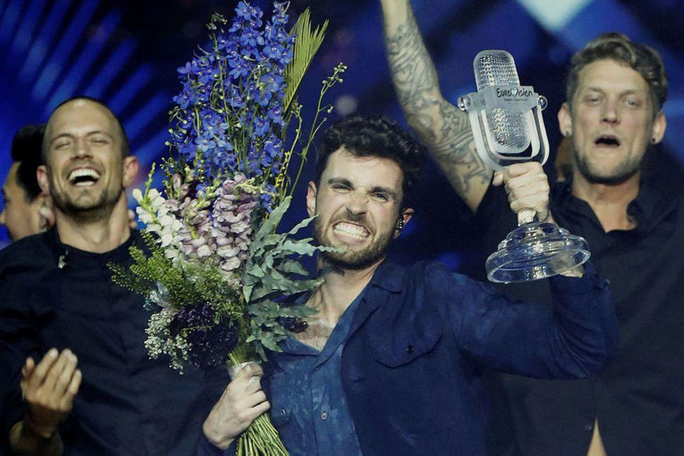 Duncan Laurence, fulltrúi Hollands, fagnar sigri í Eurovision í Tel ...