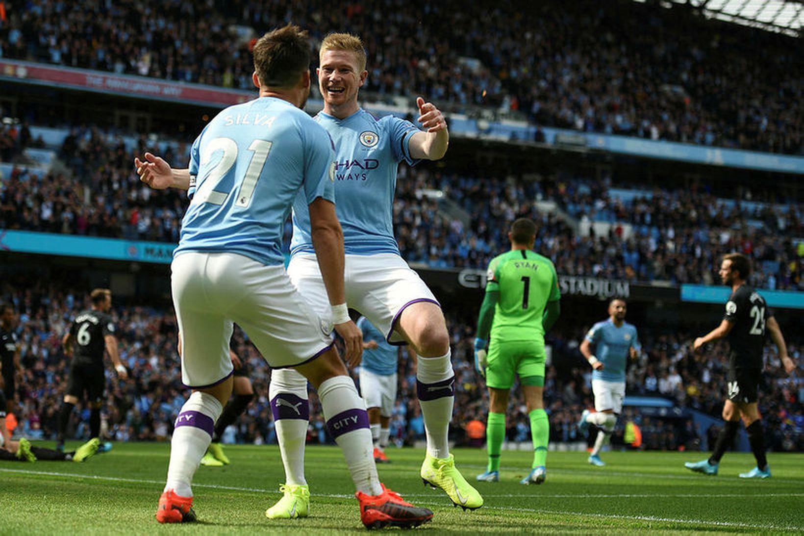 Manchester City er eitt þeirra liða sem er í eigu …