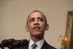 Barack Obama í Hvíta húsinu í gær. Hann fagnar innilega samkomulaginu í París.