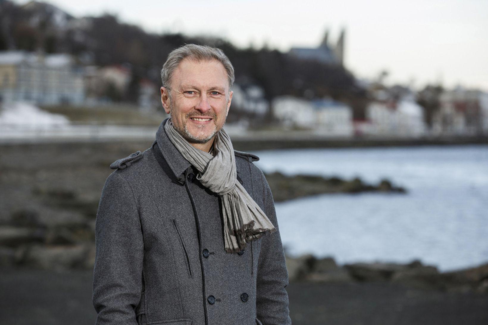 Eiríkur Björn Björgvinsson var bæjarstjóri á Akureyri í átta ár …