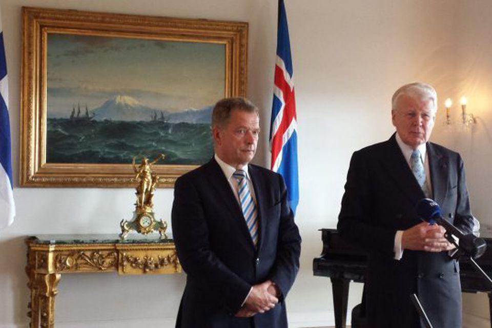 Sauli Niinistö, forseti Finnlands, ásamt Ólafi Ragnari Grímssyni, forseta Íslands, á Bessastöðum í dag.