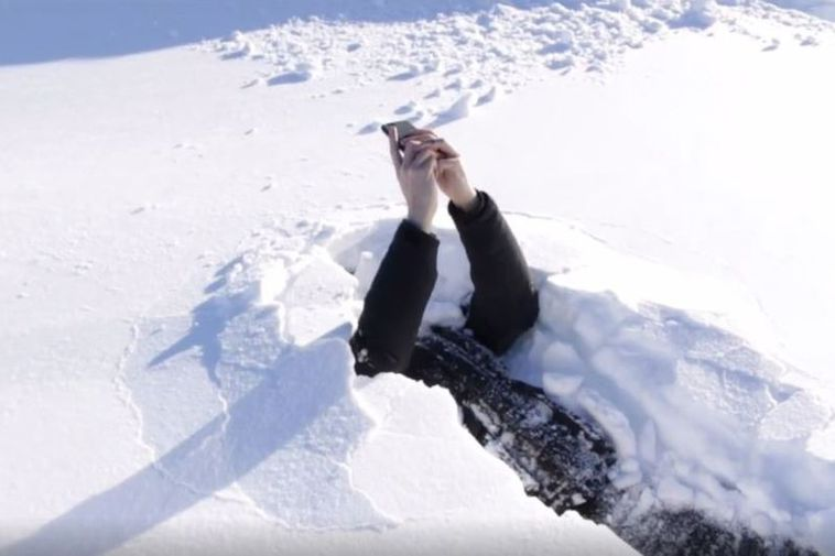 Video Deep Snow And Death Traps In Reykjavik Iceland Monitor