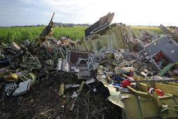 Brak úr MH17-farþegaþotunni. Rússar sögðu Vladyslav Voloshyn bera ábyrgð á flauginni sem grandaði þotunni, en …