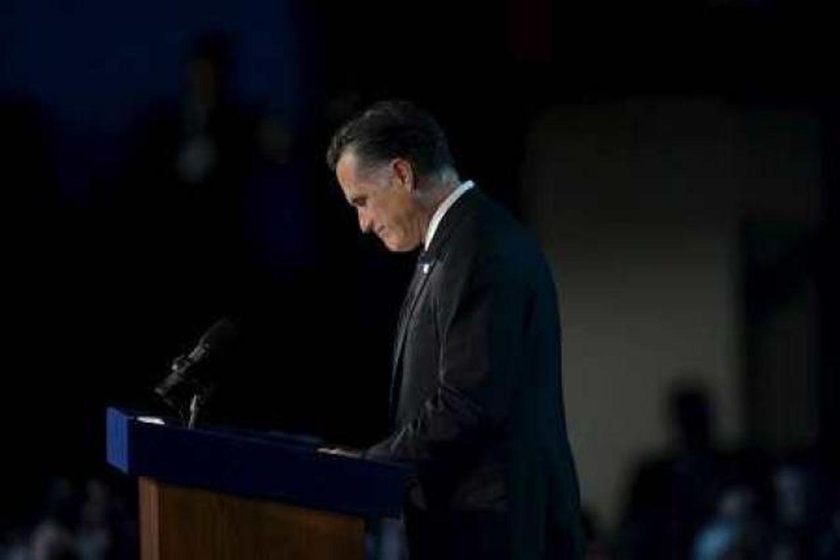 Mitt Romney viðurkenndi ósigur sinn í nótt.