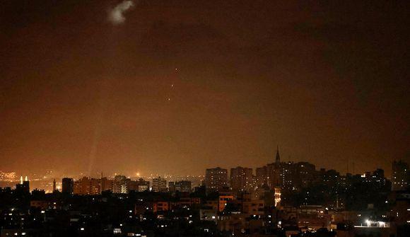 Ísraelar skjóta eldflaugum gegn eldblöðrum Hamas