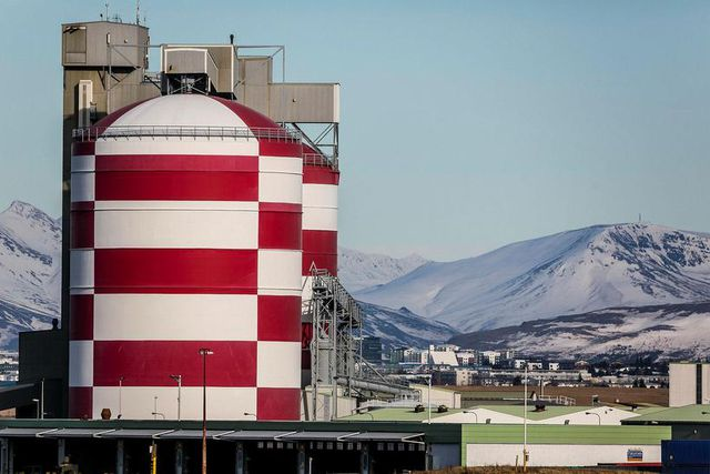 Iceland's CO2 Emissions Could Be Reduced by a Third