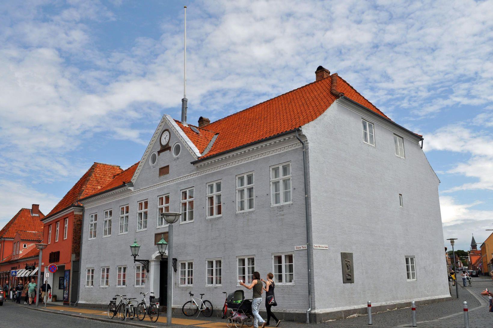 Héraðsdómur Rønne á Borgundarhólmi í húsnæði gamla bæjarþingsins við Store …