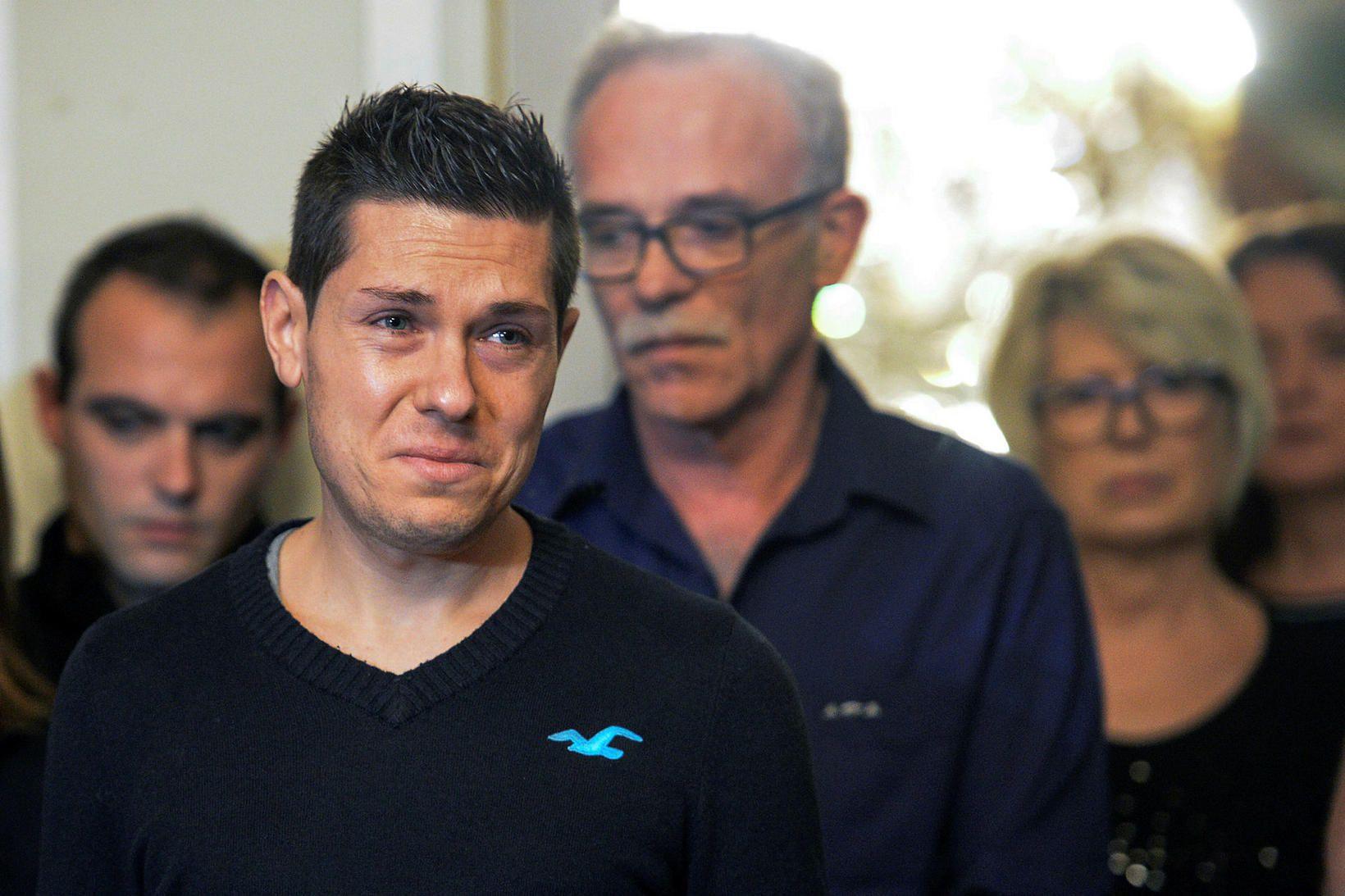 Jonathann Daval var í dag dæmdur í 25 ára fangelsi …