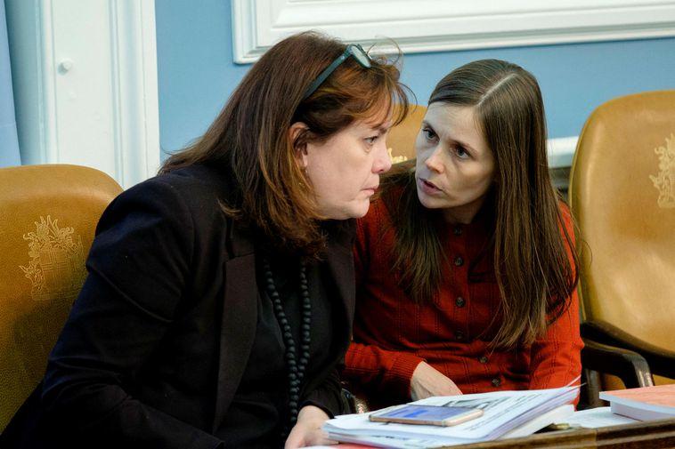 Minister of Health Svandís Svavarsdóttir, left, and PM Katrín Jakobsdóttir.