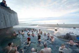 Guðlaug er við Langasand á Akranesi. Laugin var opðun í desember 2018.