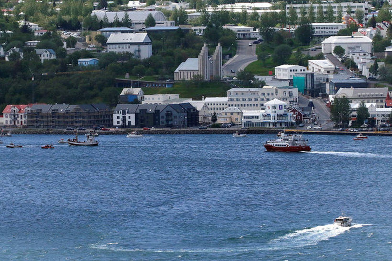 Sextán hafa áhuga á að verða bæjarstjóri á Akureyri.