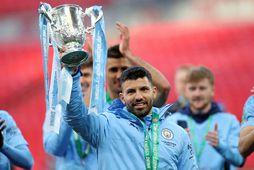 Sergio Agüero hefur verið afar sigursæll með Manchester City og lyfti m.a. enska deildabikarnum í …