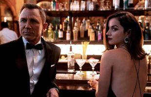 Kjóllinn í nýjustu James Bond myndinni markar tímamót
