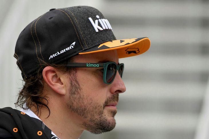 Fernando Alonso varar við of mikilli bjartsýni vegna nýja framvængsins.