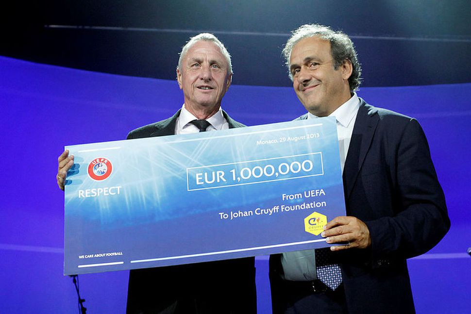 Michel Platini, fyrrverandi forseti UEFA, hefur verið handtekinn vegna spillingarmáls ...