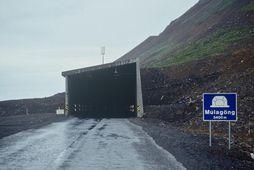 Slysið varð á Ólafsfjarðarvegi.