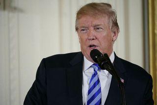 Donald Trump í Hvíta húsinu er hann greindi frá tíðindunum.