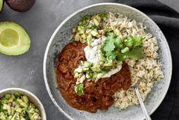 Chili con carne er frábær fjölskylduréttur, og hér með avókadósalsa.