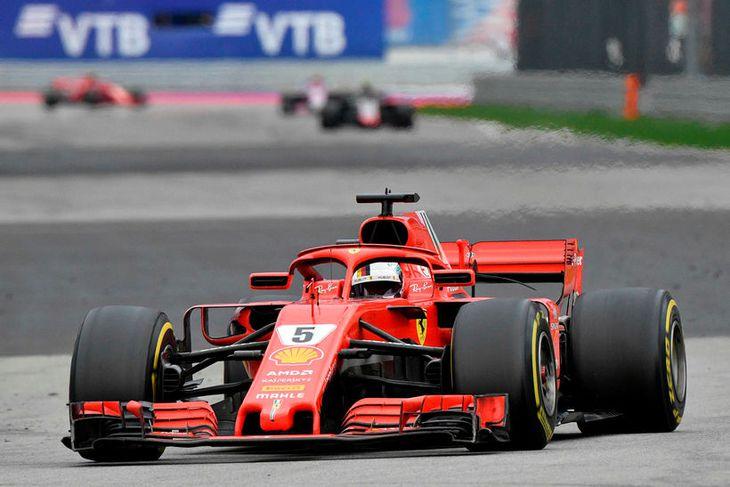 Sebastian Vettel var nánast allan kappaksturinn í þriðja sæti.