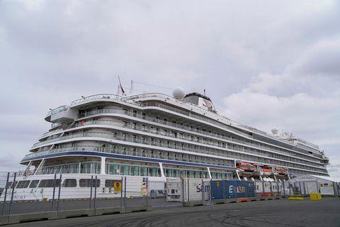 Skemmtiferðaskipið Viking Sky kom til Reykjavíkur í lok júní og systurskip þess, Viking Jupiter er …