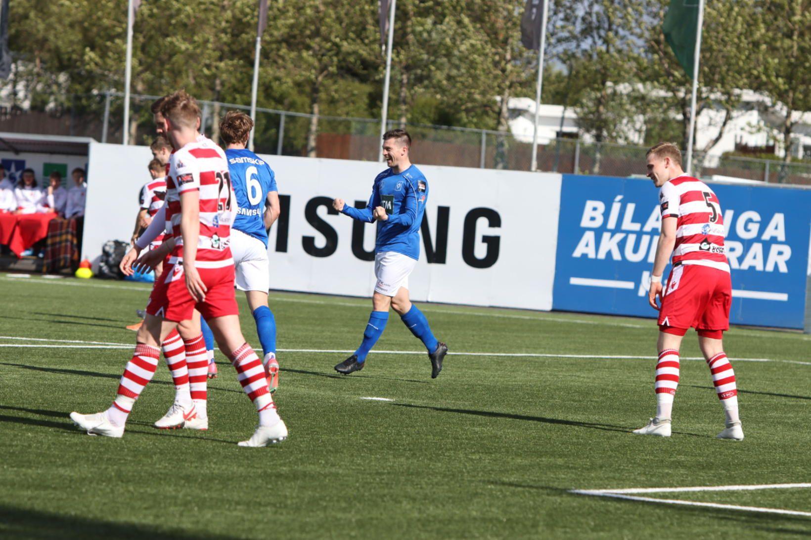 Hilmar Árni Halldórsson fagnar marki sínu gegn HK í Garðabænum.