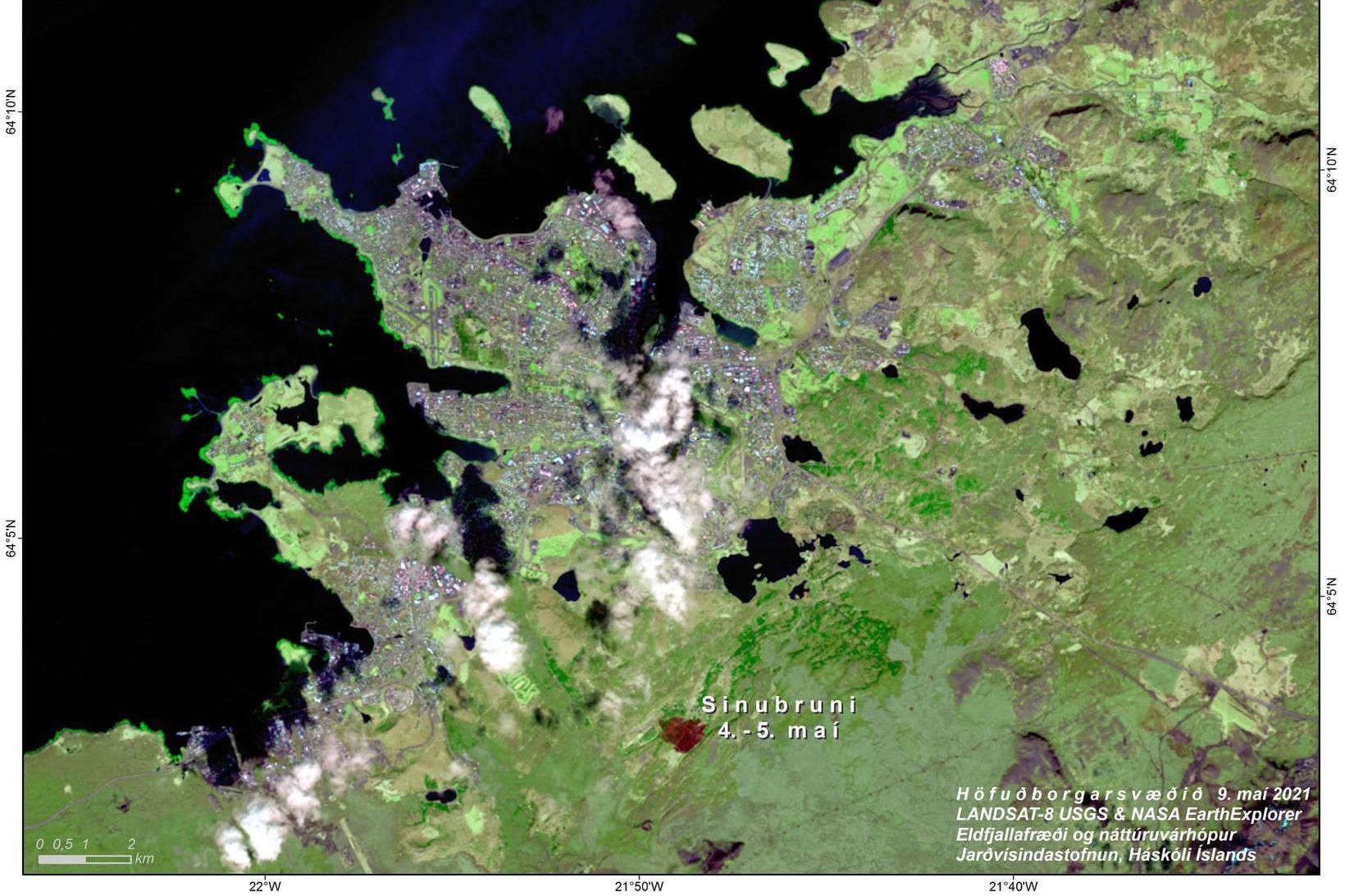 Gróðurlendið sem brann í Heiðmörk 4.-5. maí sést hér á …