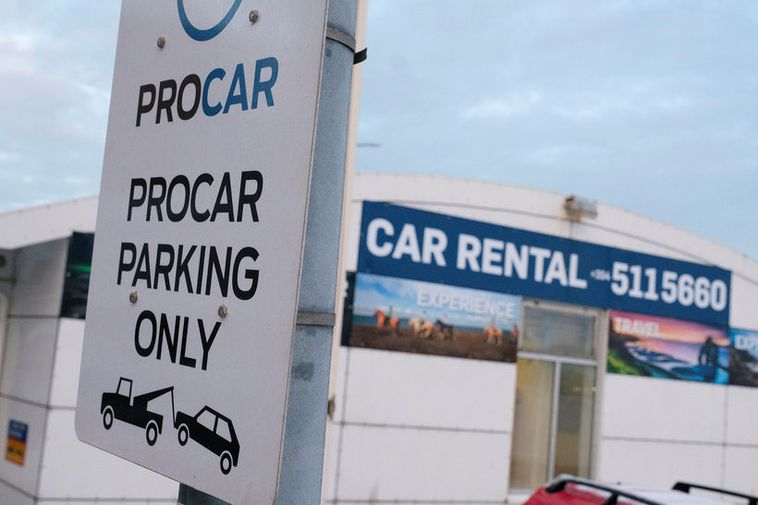 Guide to Iceland have annulled their contract with Procar.
