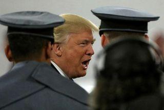Donald Trump segir tímabært að horfa fram á við.