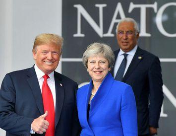 Donald Trump og Theresa May.