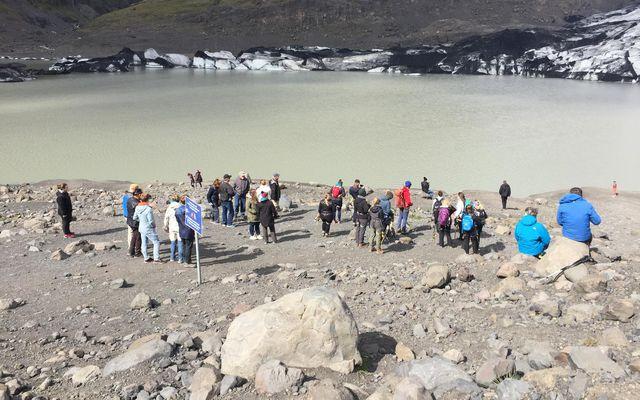 Að sögn Guðrúnar var hér á ferð stór hópur að velta fyrir sér hvort þau …