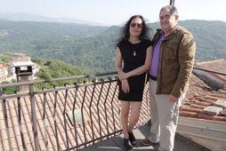 Ann og Frank Cohen keyptu þrjú hús í bænum Latronico.