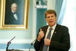 Brynjar Níelsson telur ekki heppilegt að sett verði í lög að hlutföll kynja skuli vera …