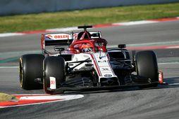 Robert Kubica á Alfa Romeo í Katalóníuhringnum í Barcelona.