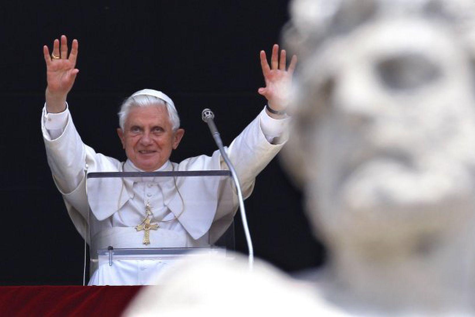 Benedikt XVI páfi