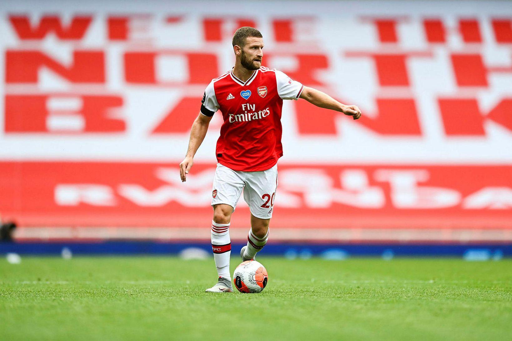 Shkodran Mustafi í leik með Arsenal í sumar.