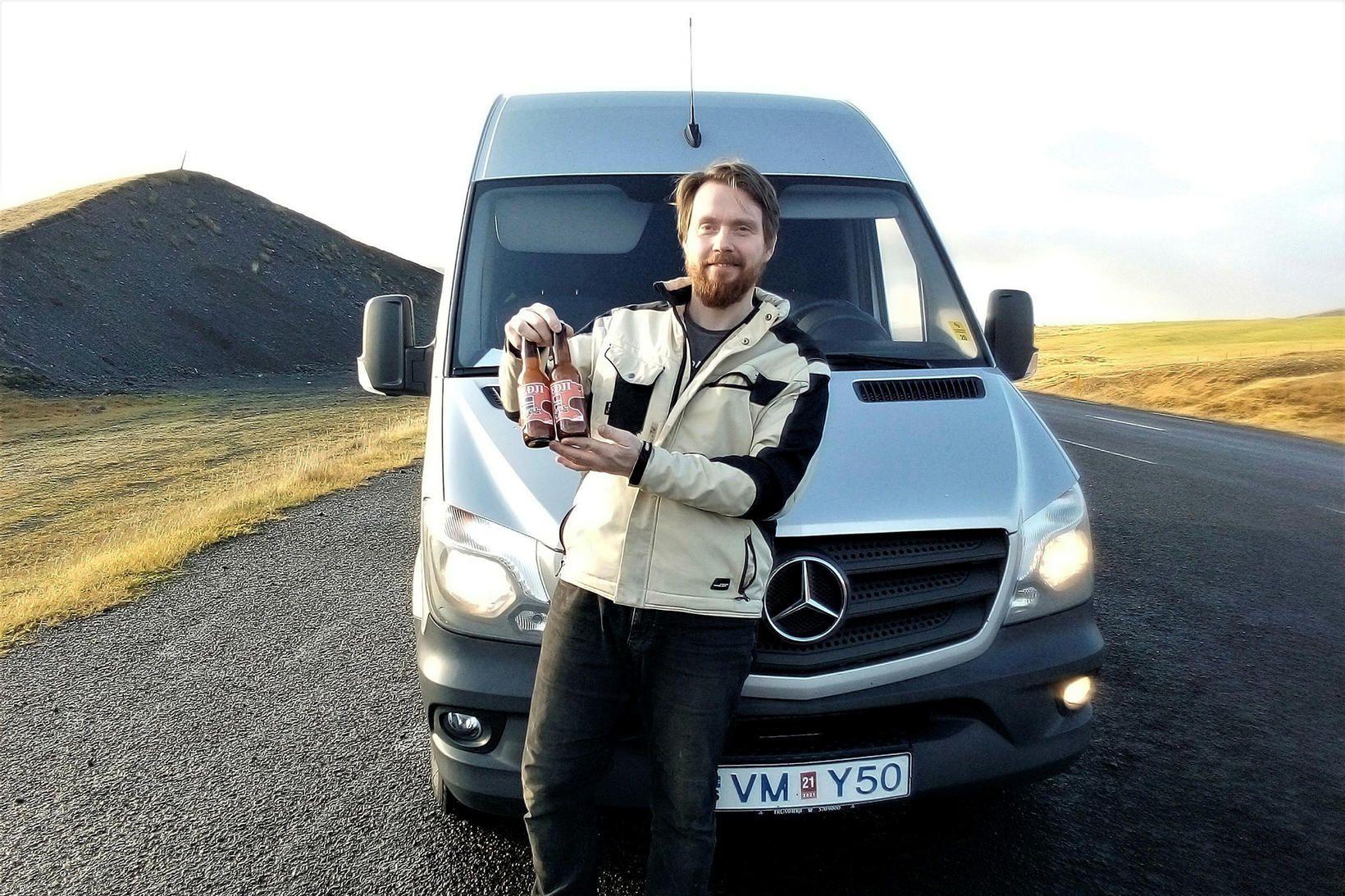 Dagbjartur Árelíusson með mjöðinn víðförla.