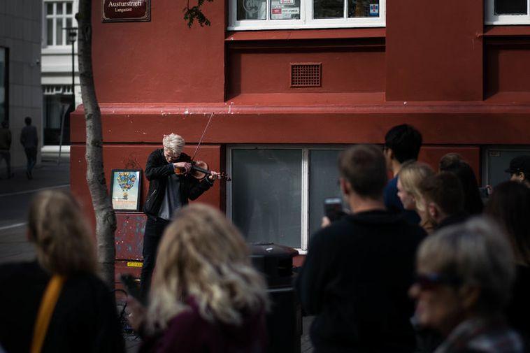 Baldur, playing for pedestrians in downtown Reykjavík.
