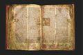 Flateyjarbók Handritið, sem er rúmlega 200 skinnblöð, er ríkulega myndskreytt og hefur gerð þess á sínum tíma kostað ógrynni fjár.