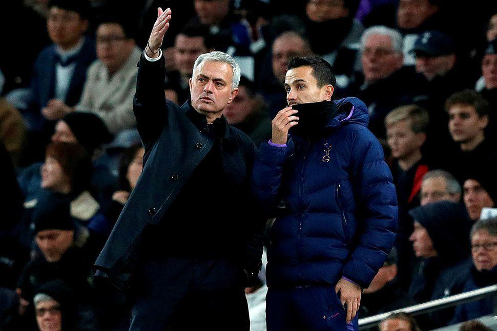 José Mourinho mætir með lið Tottenham á Old Trafford annað ...